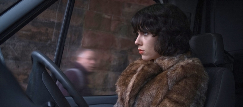 UnderTheSkin_screencap